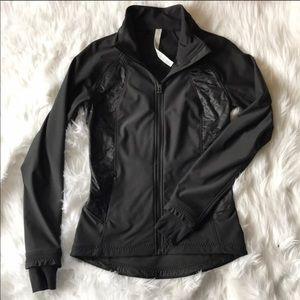 Lululemon Wind Runner Ruffle Jacket